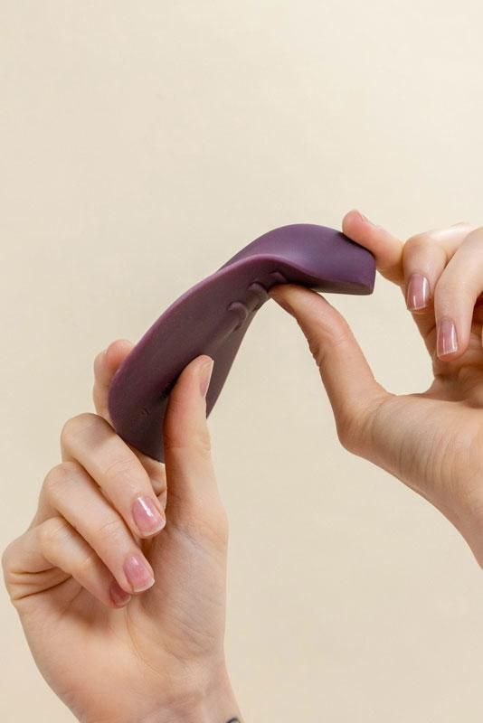 I Tried Masturbating With Enby, the New Sex Toy for All Genders