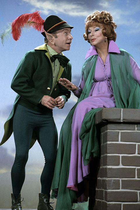 united states   march 26  bewitched   if the shoe pinches   season six   32670, endora agnes moorehead conferred with leprechaun tim oshanter guest star henry gibson, who wreaked havok on darrin,  photo by walt disney television via getty images photo archiveswalt disney television via getty images