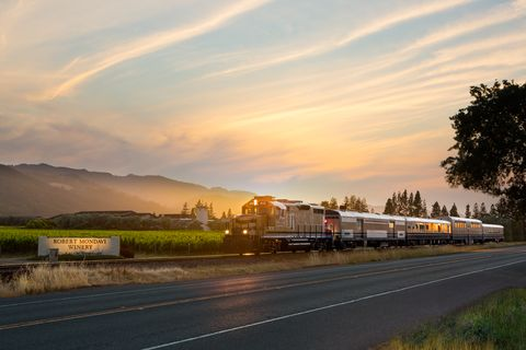 You Can Go On A Murder Mystery-Themed Wine Train Through Napa Valley