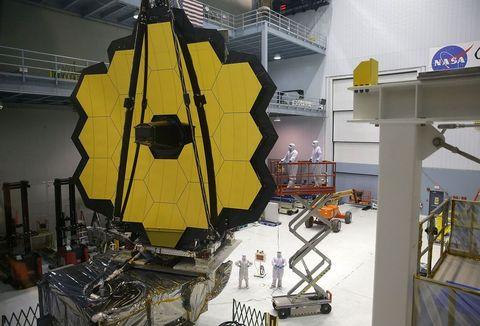 NASA Yöneticisi Charles Bolden Yeni James Webb Uzay Teleskobu İle Görüştü