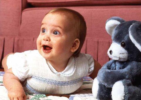 Child, Toddler, Baby, Nose, Stuffed toy, Toy, Cheek, Teddy bear, Plush, Ear,