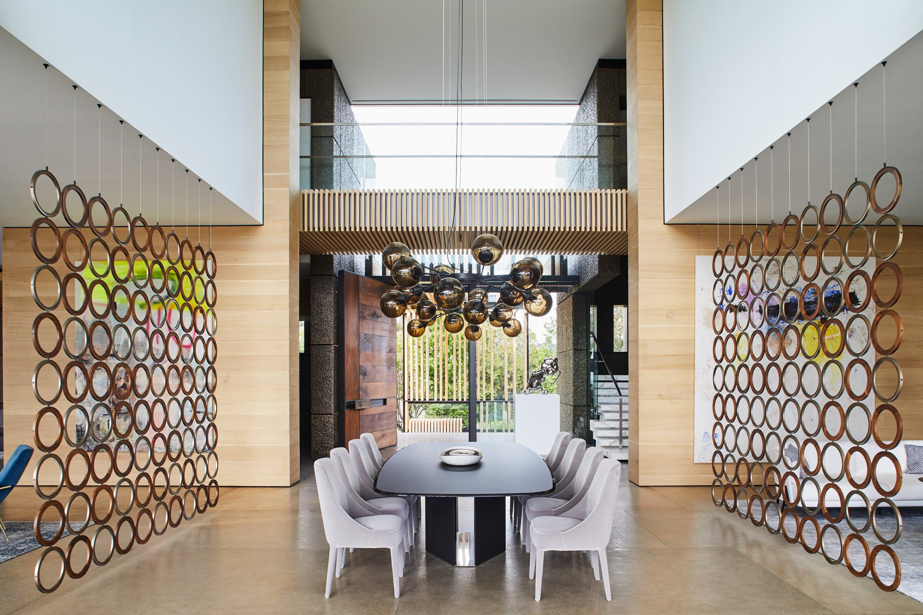 How to Devise a One-of-a-Kind Dining Room