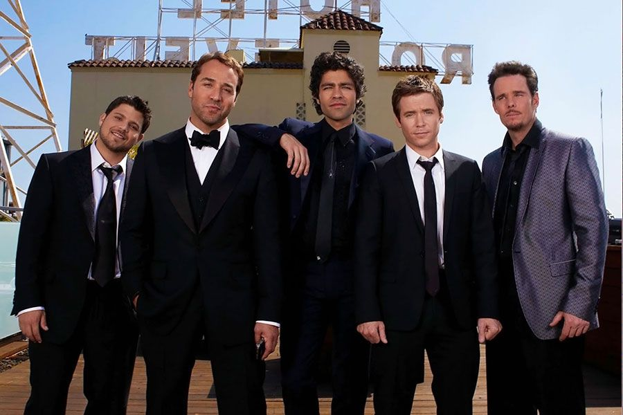 The Creator of <em>Entourage</em> Just Said He Is 'Considering' a Revival of the Show
