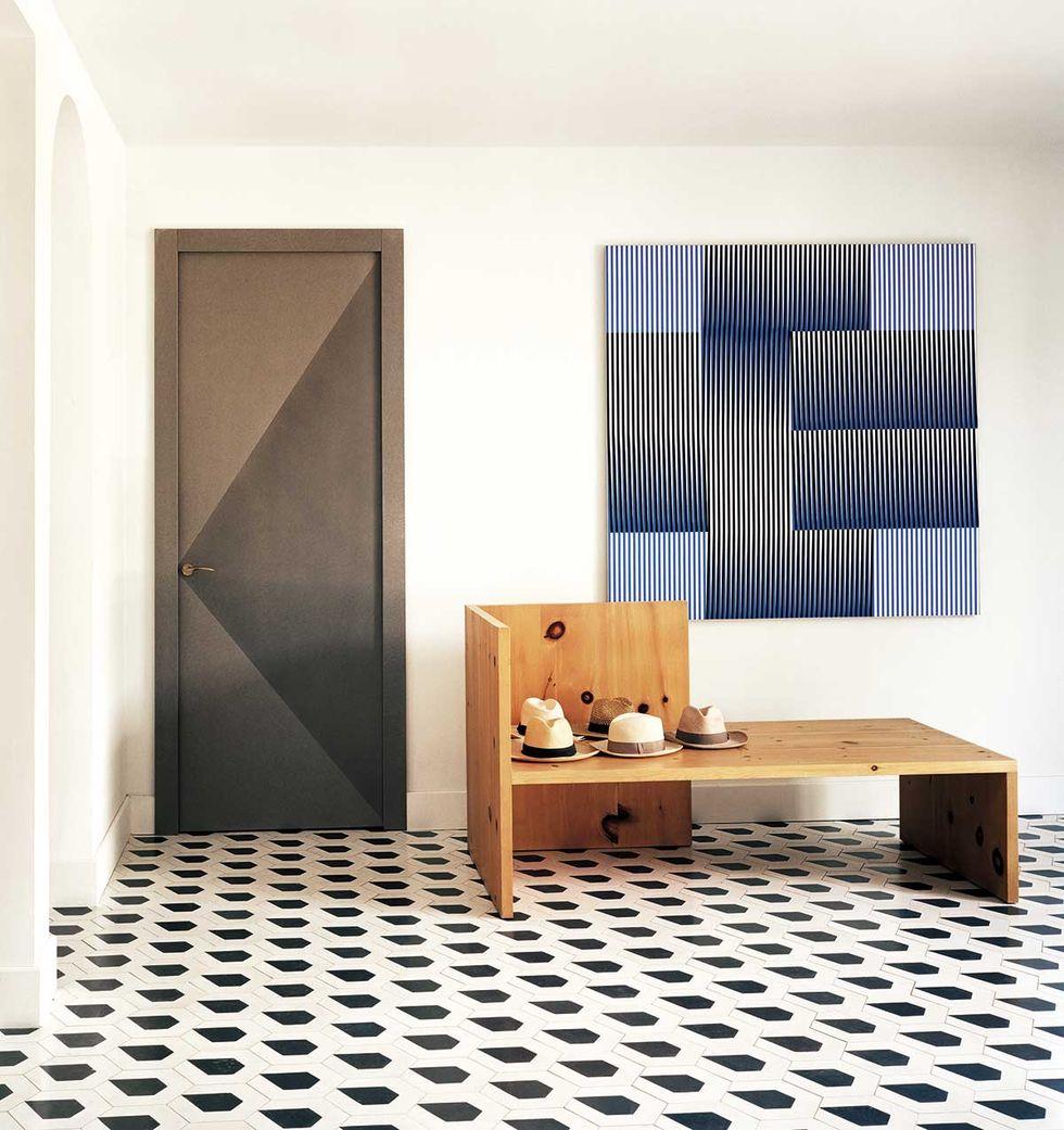 几何花砖地板的入门玄关