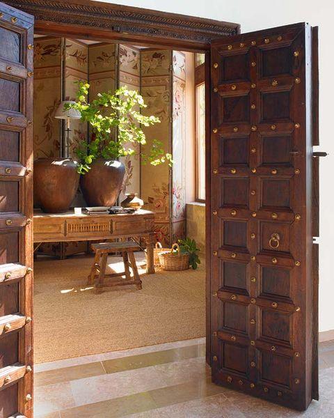 puerta de madera del siglo xviii