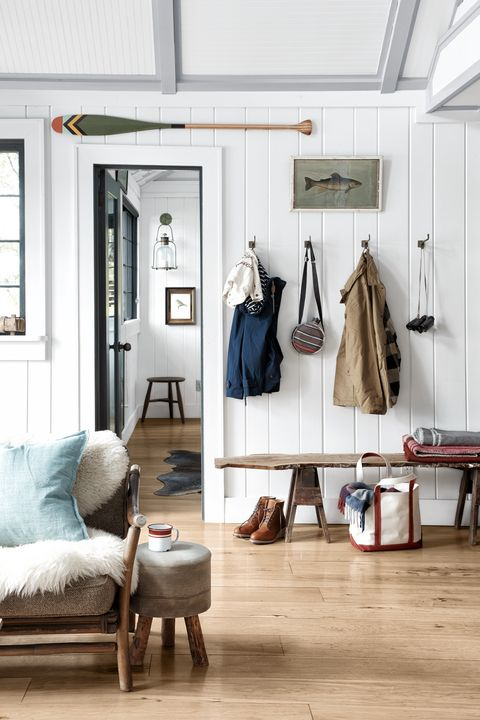 entryway ideas - bench and hooks