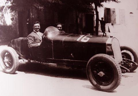 Las 20 mejores frases de Enzo Ferrari
