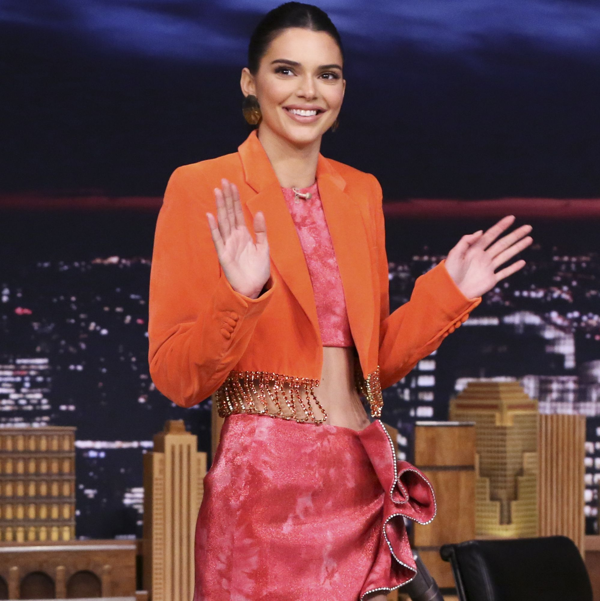 Kendall Jenner Legit Ate A Rubber Shoe On National Television