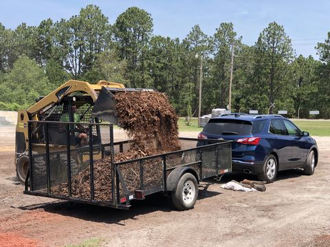 Vehicle, Transport, Car, Trailer, Travel trailer, Mode of transport, Automotive exterior, Grass, Tree, RV,