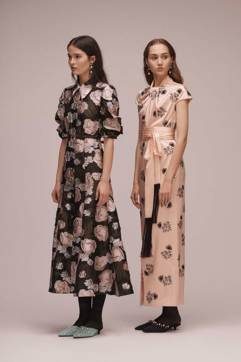 Fashion model, Clothing, Dress, Fashion, Day dress, Fashion design, Shoulder, Joint, Sleeve, Outerwear,