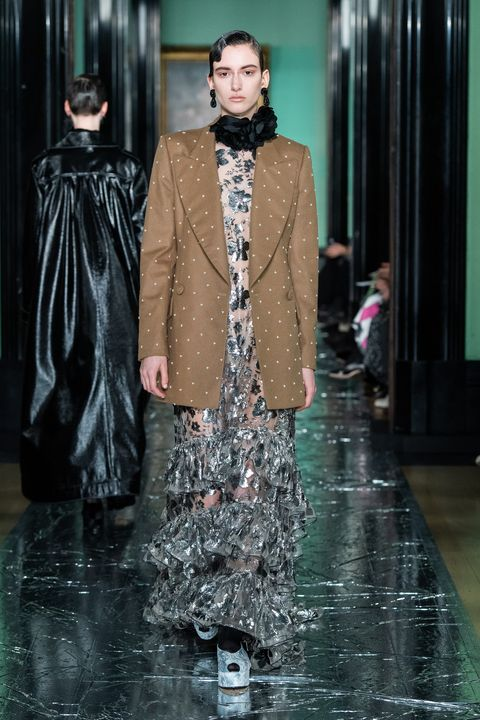 Fashion, Fashion model, Runway, Haute couture, Fashion show, Outerwear, Fashion design, Formal wear, Event, Winter,