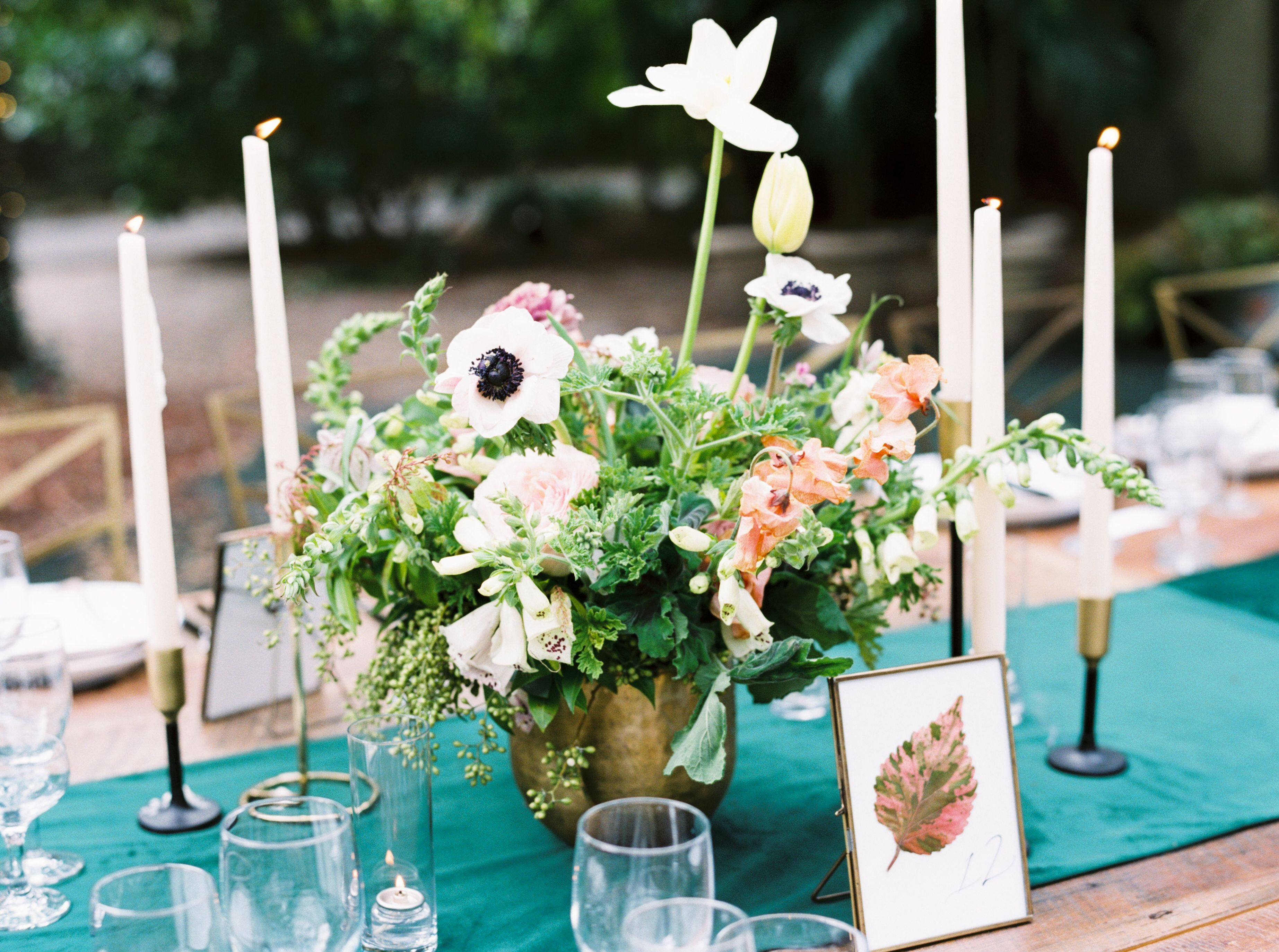How To Set A Spring Tablescape Spring Table Setting Ideas