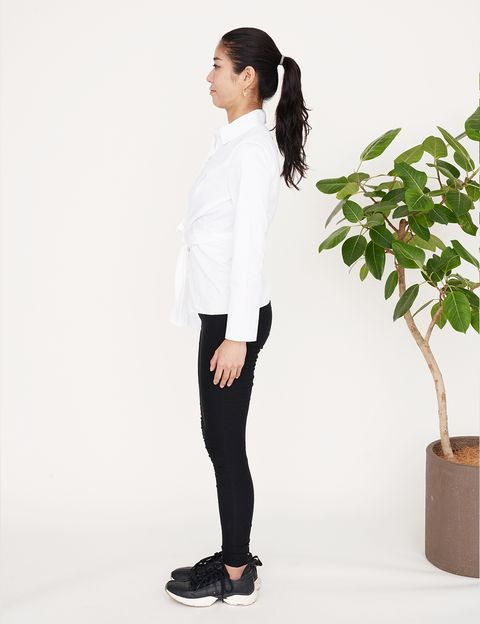 White, Clothing, Black, Shoulder, Standing, Product, Sleeve, Neck, Outerwear, Joint,