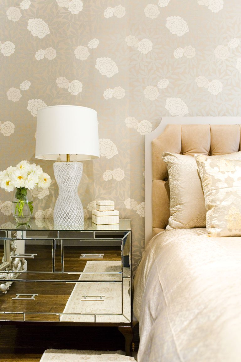 Take A Picture Of A Room And Design It App: 30 Bedrooms With Statement Wallpaper