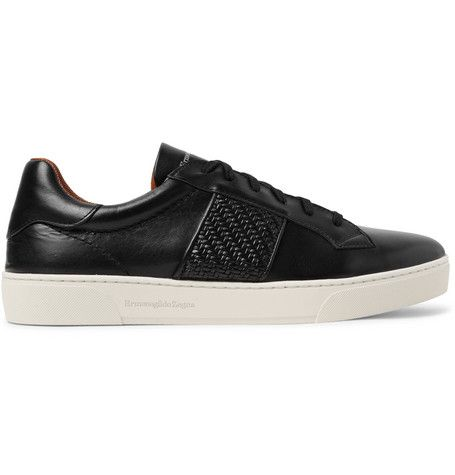 Shoe, Footwear, Sneakers, Black, Skate shoe, Product, Walking shoe, Outdoor shoe, Athletic shoe, Plimsoll shoe,