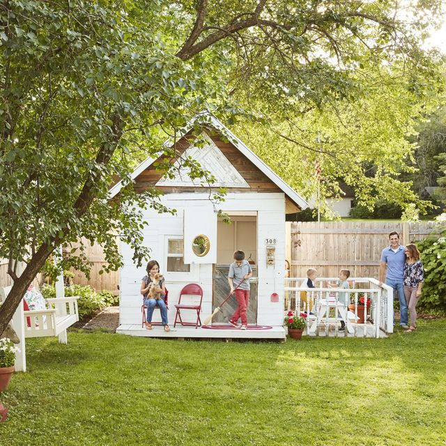 Remarkable 22 Kids Playhouse Ideas Outdoor Playhouse Plans Interior Design Ideas Clesiryabchikinfo