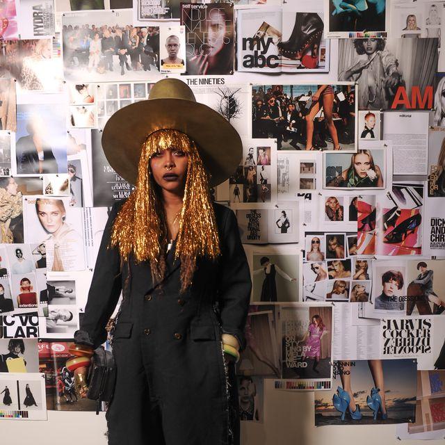 Clothing, Fashion, Street fashion, Eyewear, Headgear, Hat, Fashion design, Fashion accessory, Fedora, Style,
