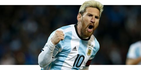 Football player, Player, Soccer player, Team sport, Sports equipment, Facial hair, Ball game, Football, Gesture, Championship,