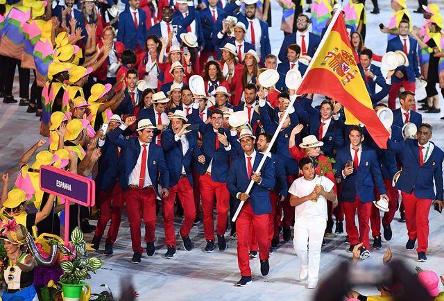desfile de los deportistas españoles en los juegos olímpicos de río 2016