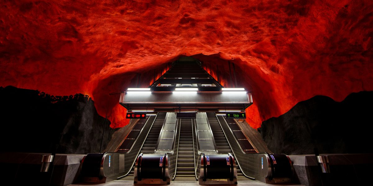 Escaleras-metro-impresionantes-stefan-cristian-cioata-1545839230.jpg?crop=1.00xw:0.751xh;0,0