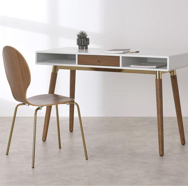 escritorio de nogal y latón