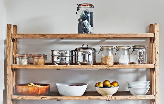 estantería de cocina