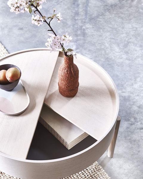 tendencia sakura mesa auxiliar de madera estilo japandi