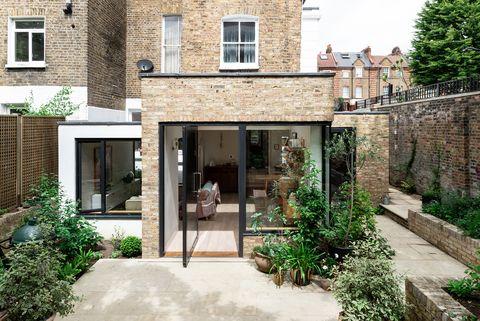 Casa anexa al jardín