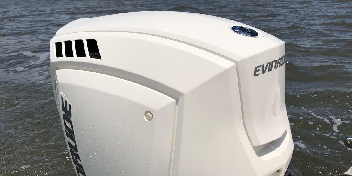 Evinrude's New E-TEC 150 Is a Two-Stroke Marvel