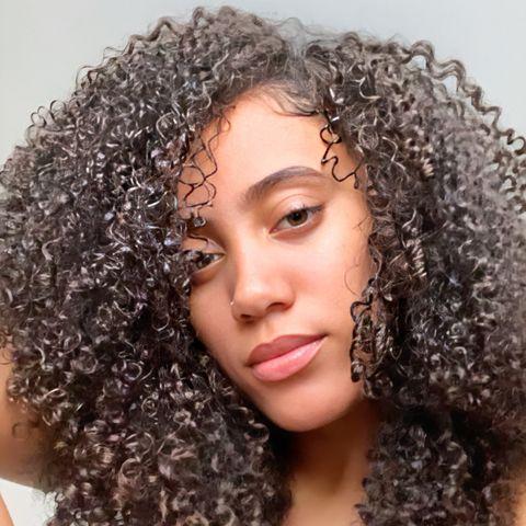 Hair, Hairstyle, Eyebrow, Jheri curl, Ringlet, Beauty, Black hair, Long hair, S-curl, Human,