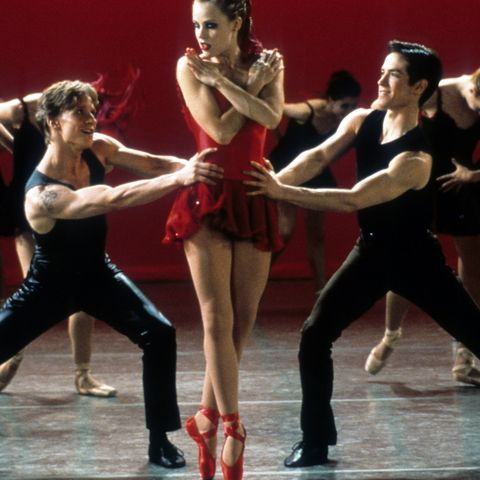 amanda schull and sascha radetsky in 'center stage'
