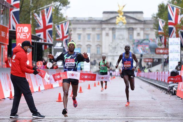 shura kitata gana el maratón de londres en una debacle histórica de eliud kipchoge