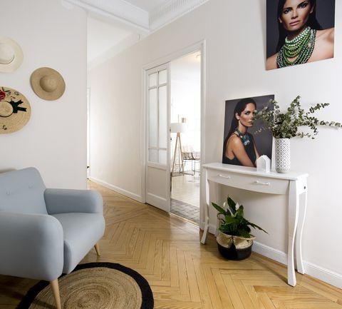 Room, Furniture, Interior design, Floor, Living room, Wall, Wood flooring, Property, Laminate flooring, Flooring,
