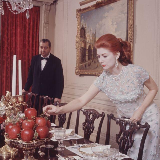 eunice gardiner setting table
