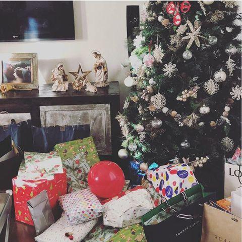 Interior design, Room, Christmas tree, Christmas, Tree, Home, Living room, Present, Gift wrapping, Christmas decoration,
