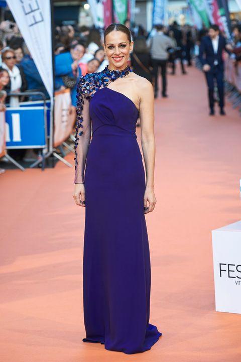 Cobalt blue, Dress, Clothing, Shoulder, Gown, Fashion model, Electric blue, Red carpet, Blue, Fashion,