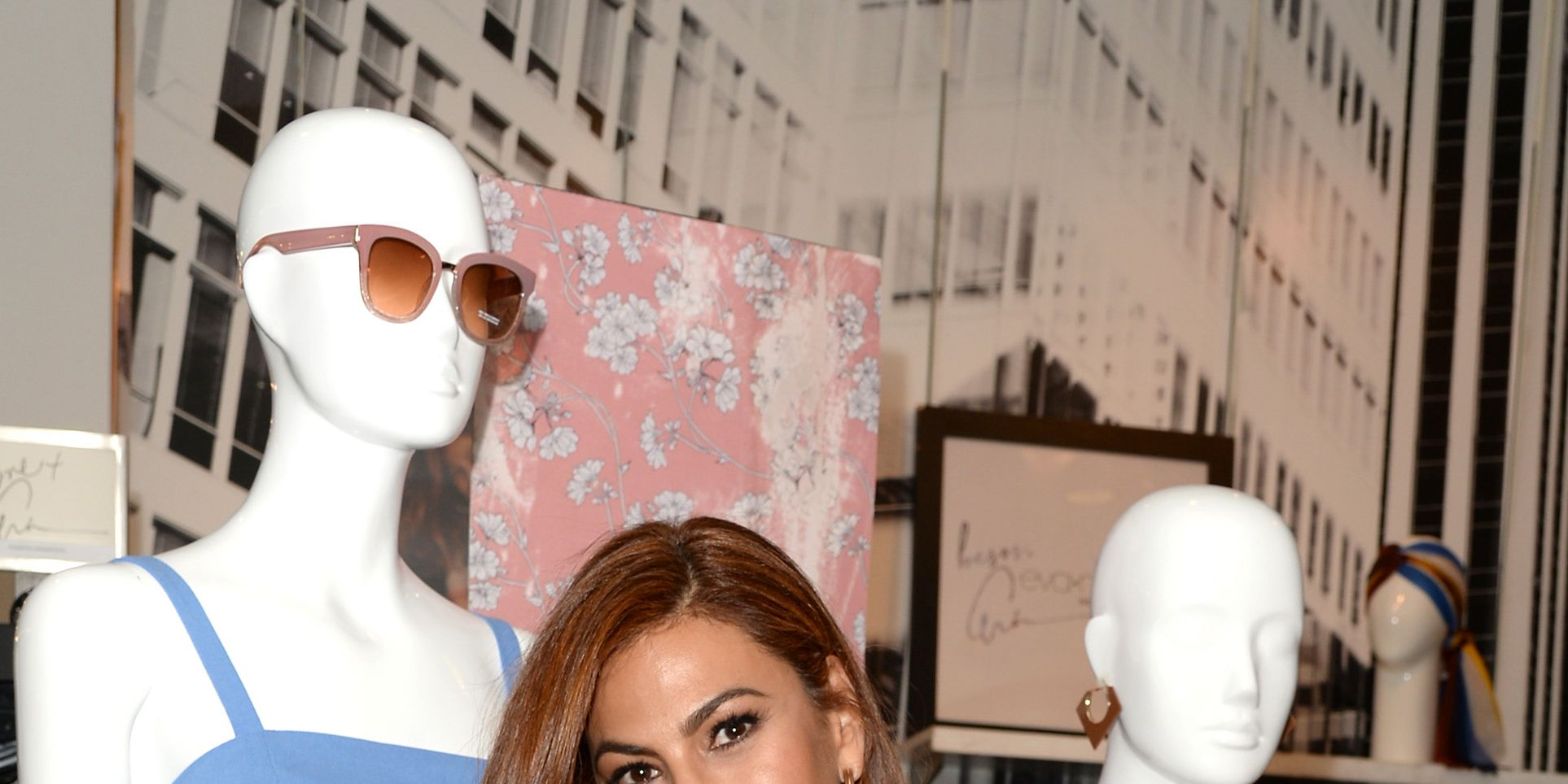 Eva Mendes Admits She 'Struggles' With Food