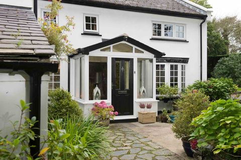Property, House, Cottage, Building, Home, Real estate, Yard, Shed, Window, Garden buildings,