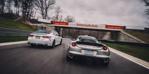 Land vehicle, Vehicle, Car, Supercar, Automotive design, Performance car, Luxury vehicle, Sports car, Personal luxury car, Road,