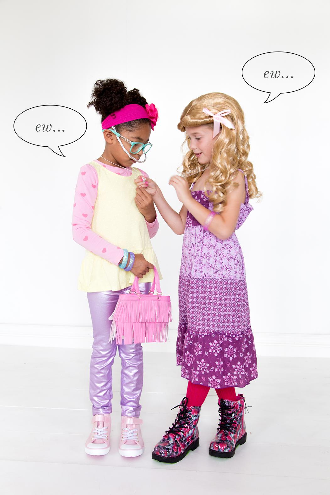 35 Best Friend Halloween Costumes 2019 - DIY Matching