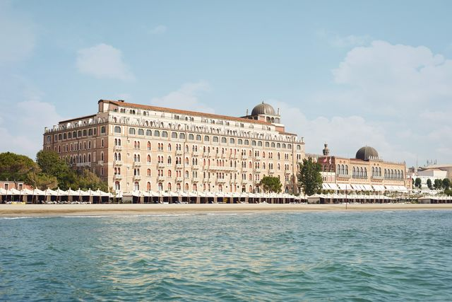 escape to the luxury hotel excelsior in post lockdown venice