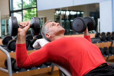3ad338a8330 How Men Over 40 Can Work Out to Build Muscle and Stay Fit