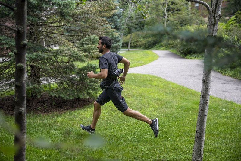 Scientists have built a wearable robot to help runners