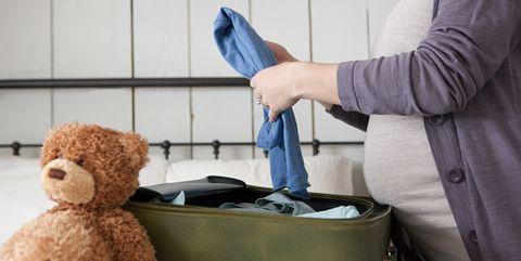 1581164c268 Prepara la maleta para ir al parto con las cosas que necesitas