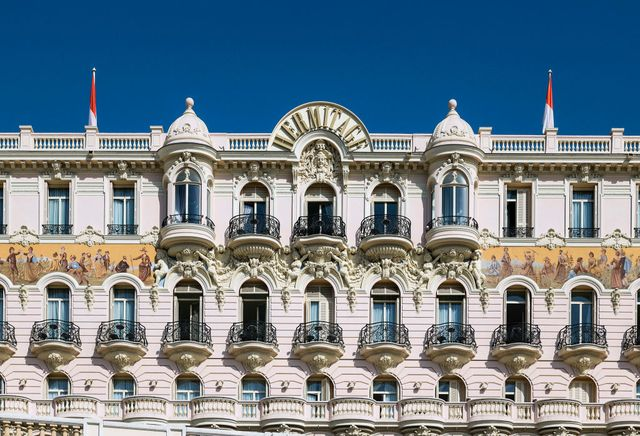 exterior detail of hermitage hotel