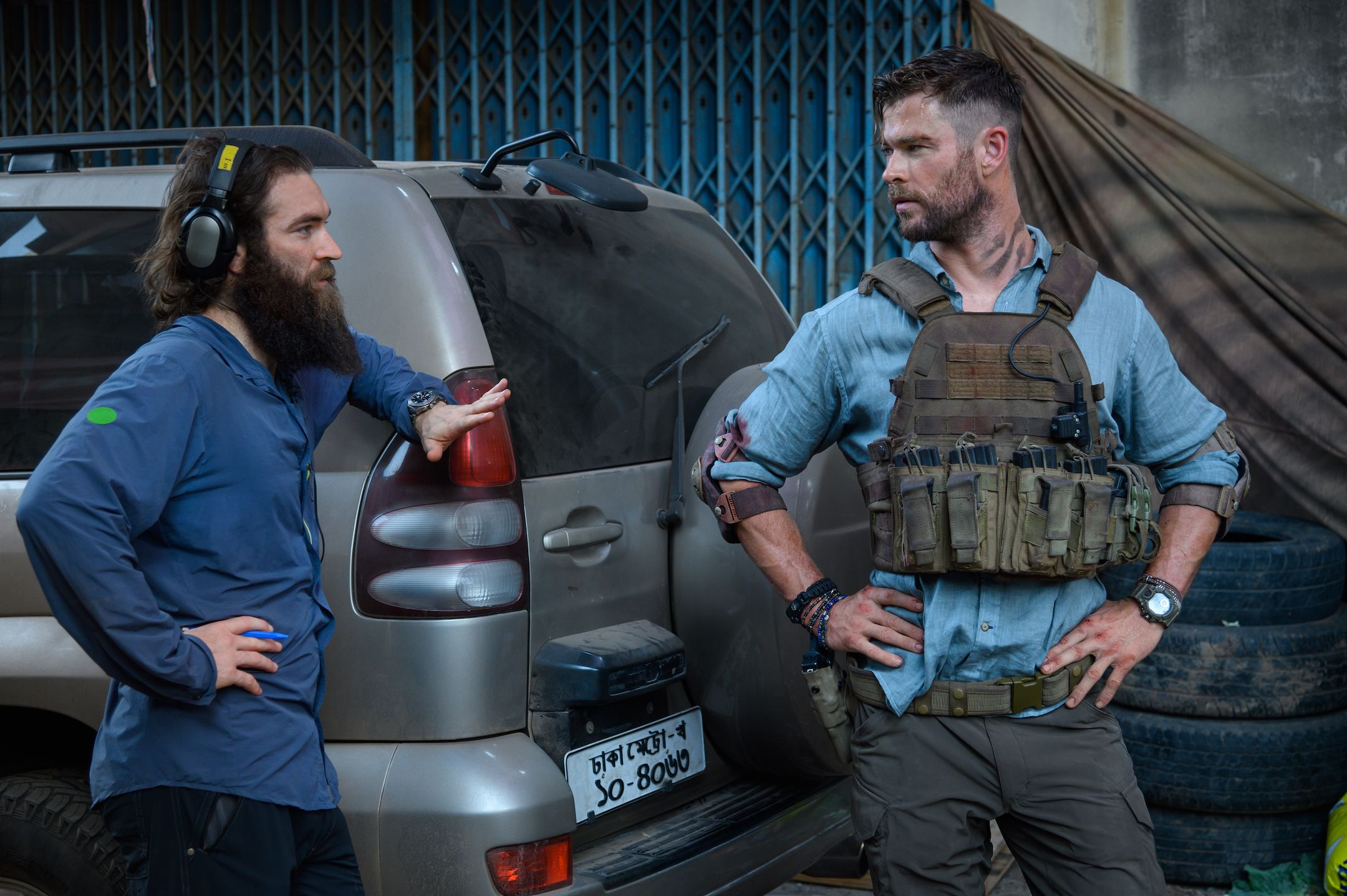 Extracton Director Sam Hargrave Talks Chris Hemsworth S Stunts