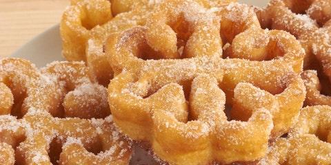 Dish, Food, Cuisine, Ingredient, Produce, Baked goods, Fried dough, Snack, Dessert, Fried food,