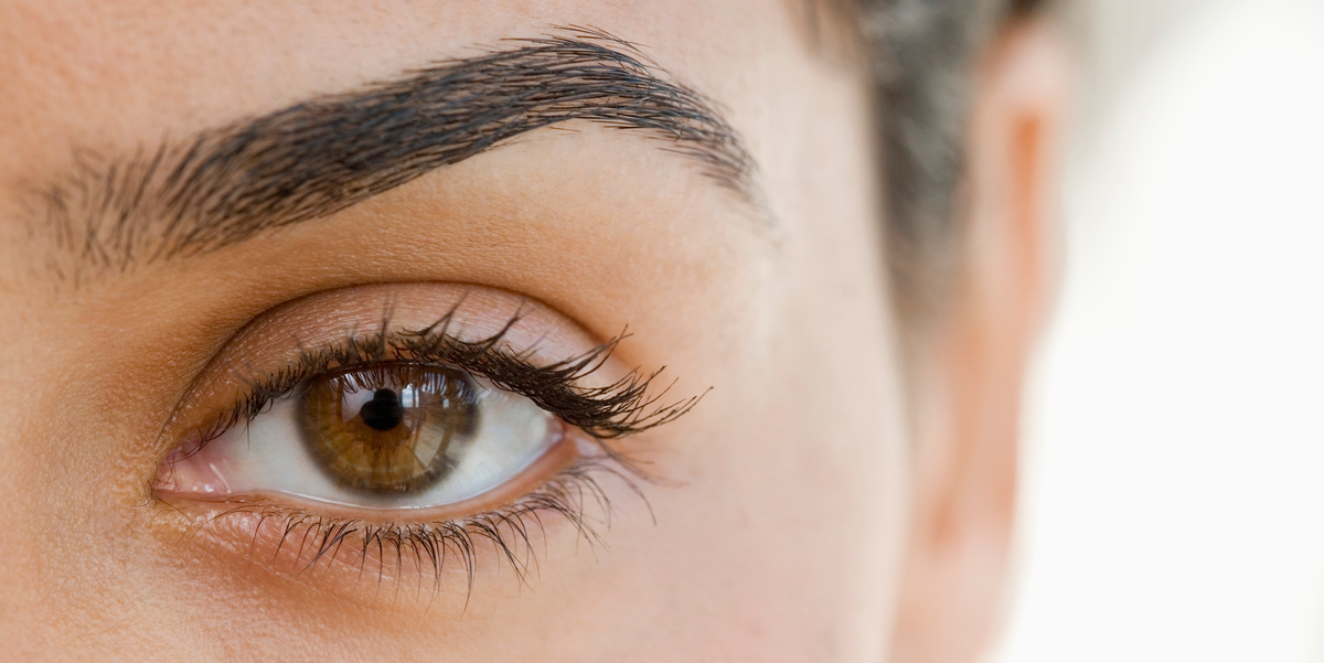 How to Shape and Fill in Your Eyebrows at Home, According ...
