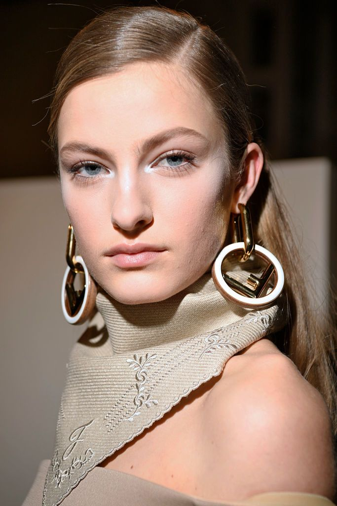 Fendi - Backstage - Milan Fashion Week Fall/Winter 2018/19