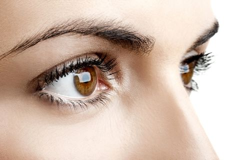 Why Are There Floaters in Your Eyes—and Should You Be Worried?